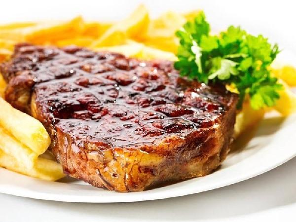Bò bít tết được nấu bởi Allda