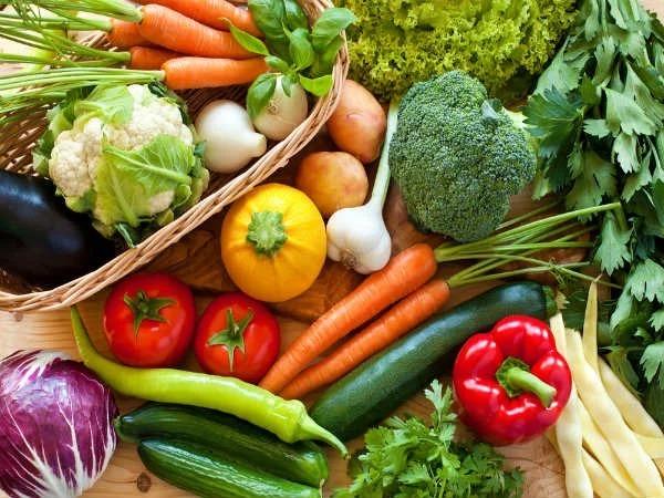 Những loại rau, củ, quả có màu xanh đậm trong thành phần có chứa nhiều kiềm tự nhiên